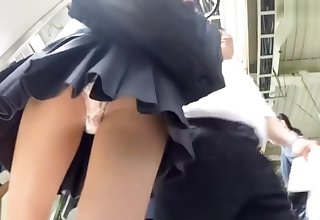 schoolgirl upskirt qtr transmitted to train