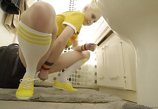 Hot pisser Chloe Cerise masturbates a come up to b become and she loves using her glass carnal knowledge toy